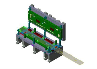 Dimensioni: 1500 x 660 H=600<br /> Tipo stampo: a passo tranciatura testacoda versionabile (n° passi: 2)<br /> Tipo lamiera: DC04 ZN - Spessore 10/10<br />